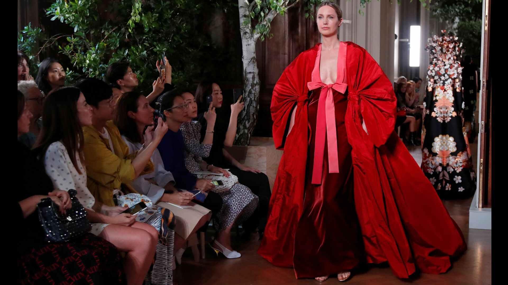 valentino - Le sfilate della Paris Haute Couture F/W 2019