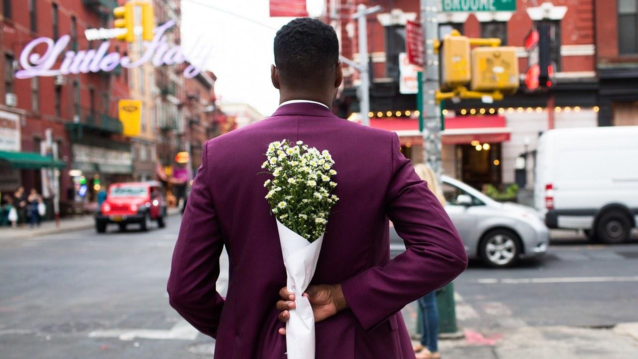flower - Come sopravvivere alla festa più commerciale dell'anno