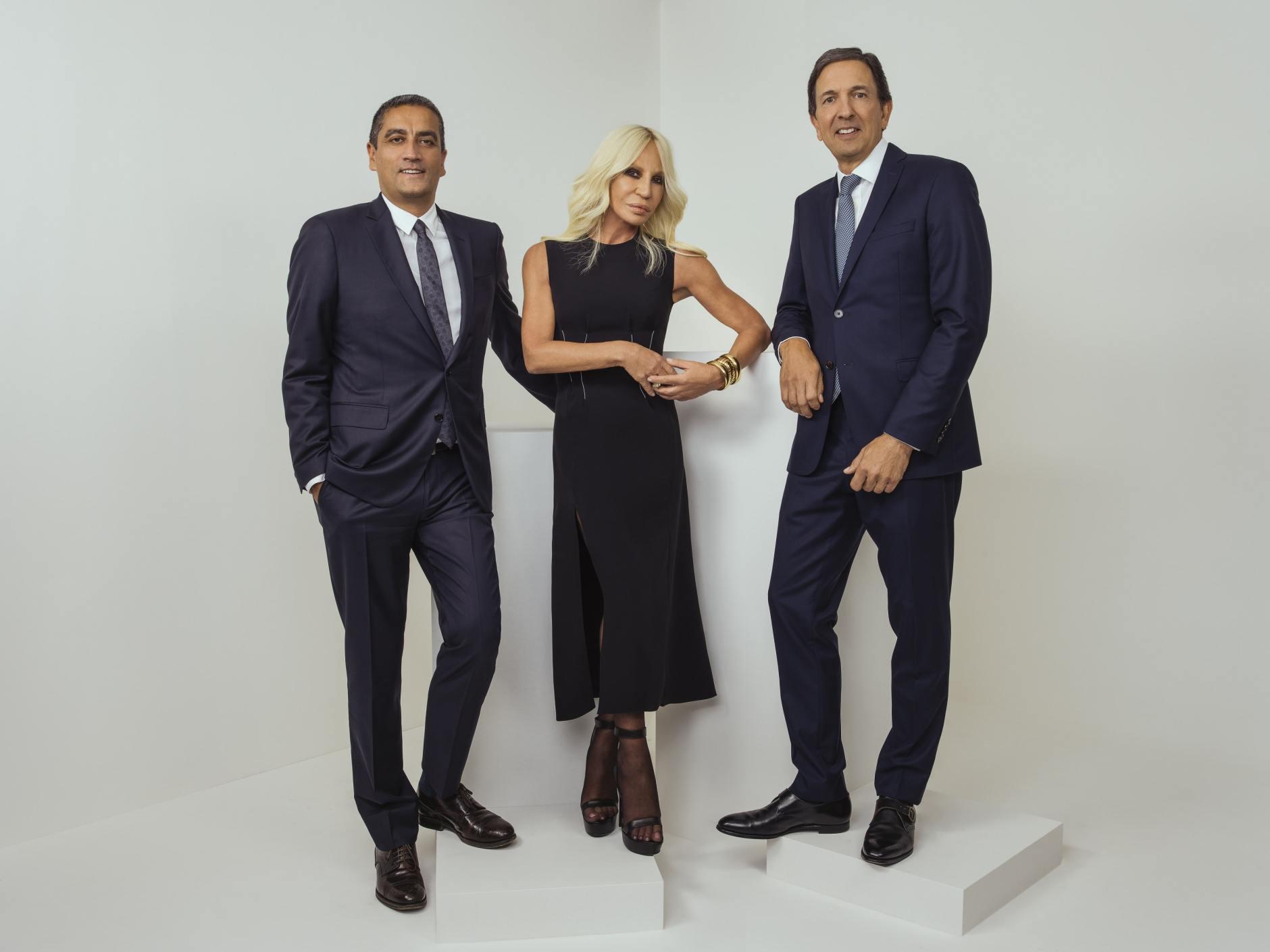 Team Capri Holdings - Lo shopping dei gruppi del lusso