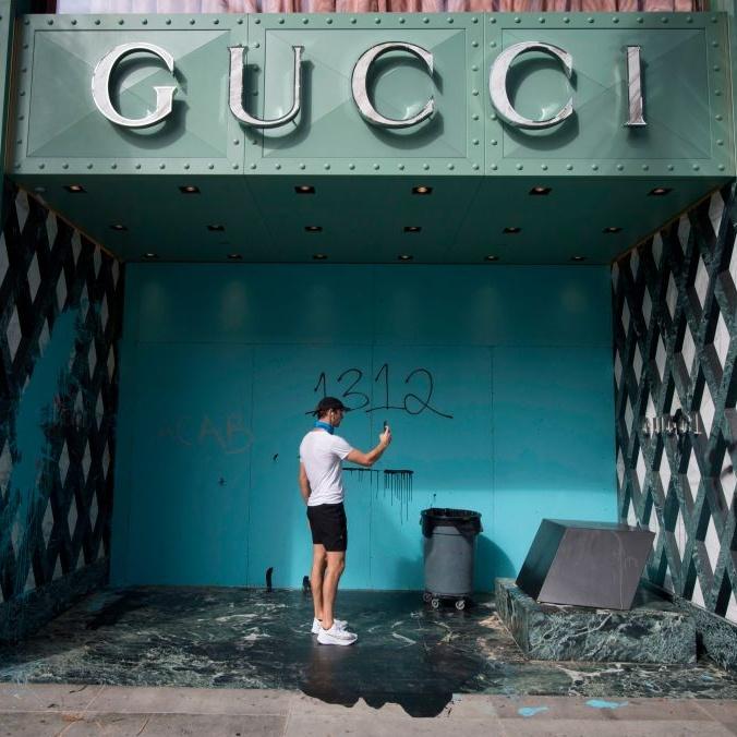 Gucci negozio rivolte