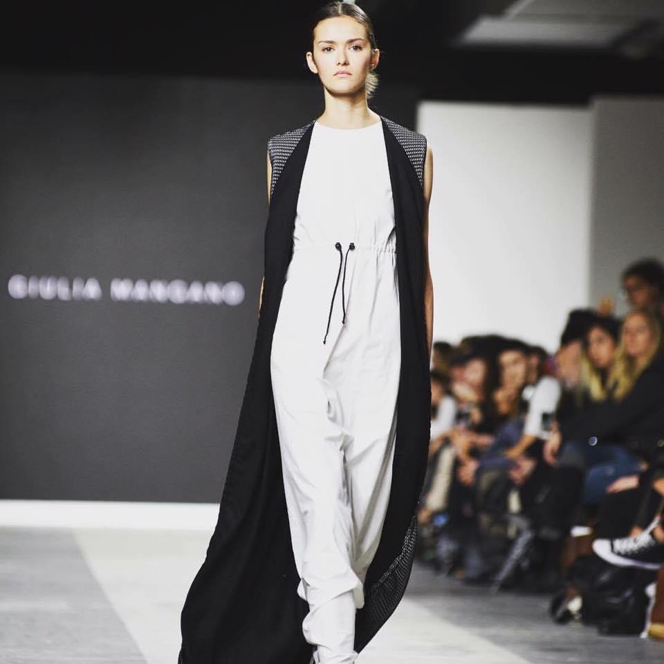 23316702 1569357169819225 7704167544426968438 n - Fashion Graduate Italia: Harim Fashion Show