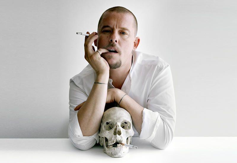 mc queen - Alexander McQueen: lo storyteller della moda