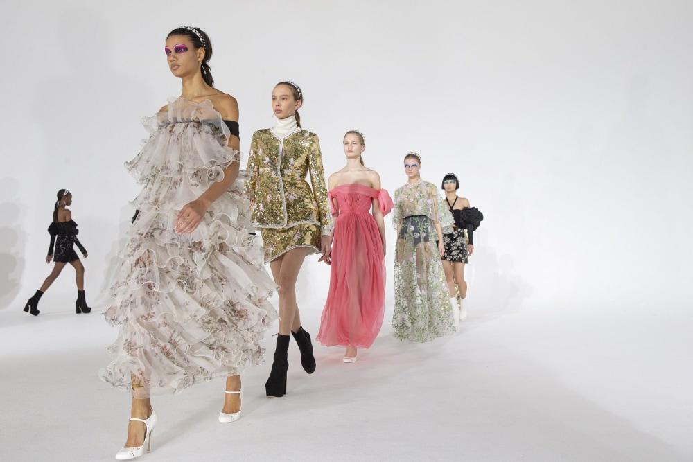 giambattista valli - Viaggio nella Parigi Fashion Week A/I 21-22