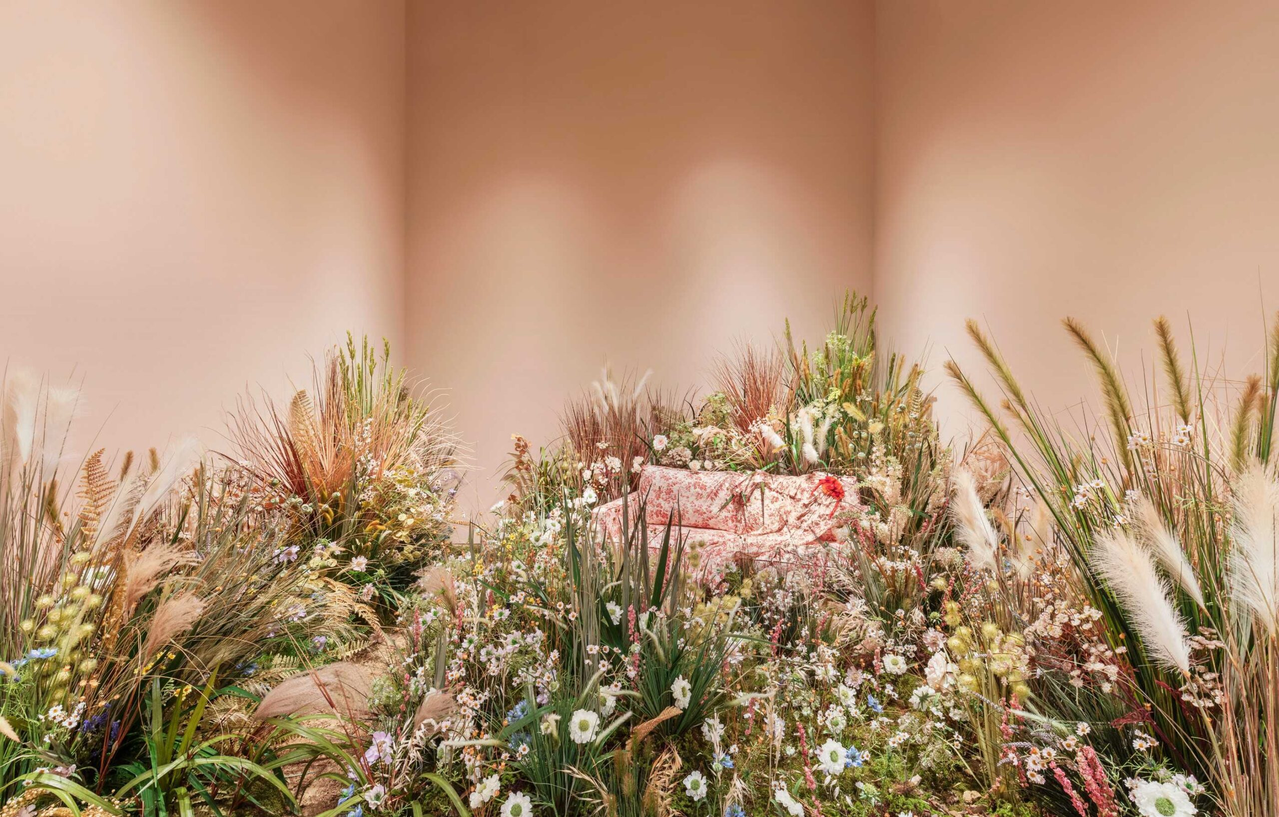 gucci garden scaled - Un'estate di cultura e moda