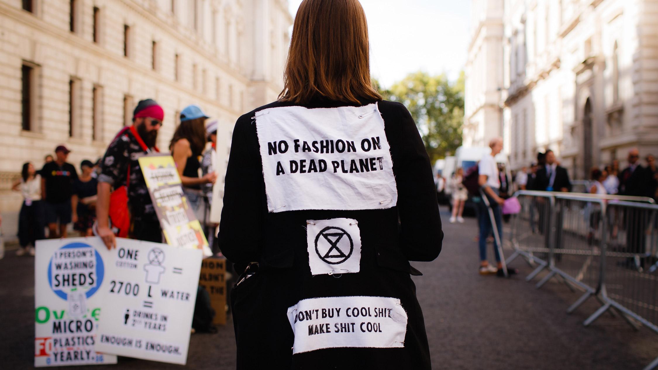 no fashion on a dead planet - Il tranello del greenwashing