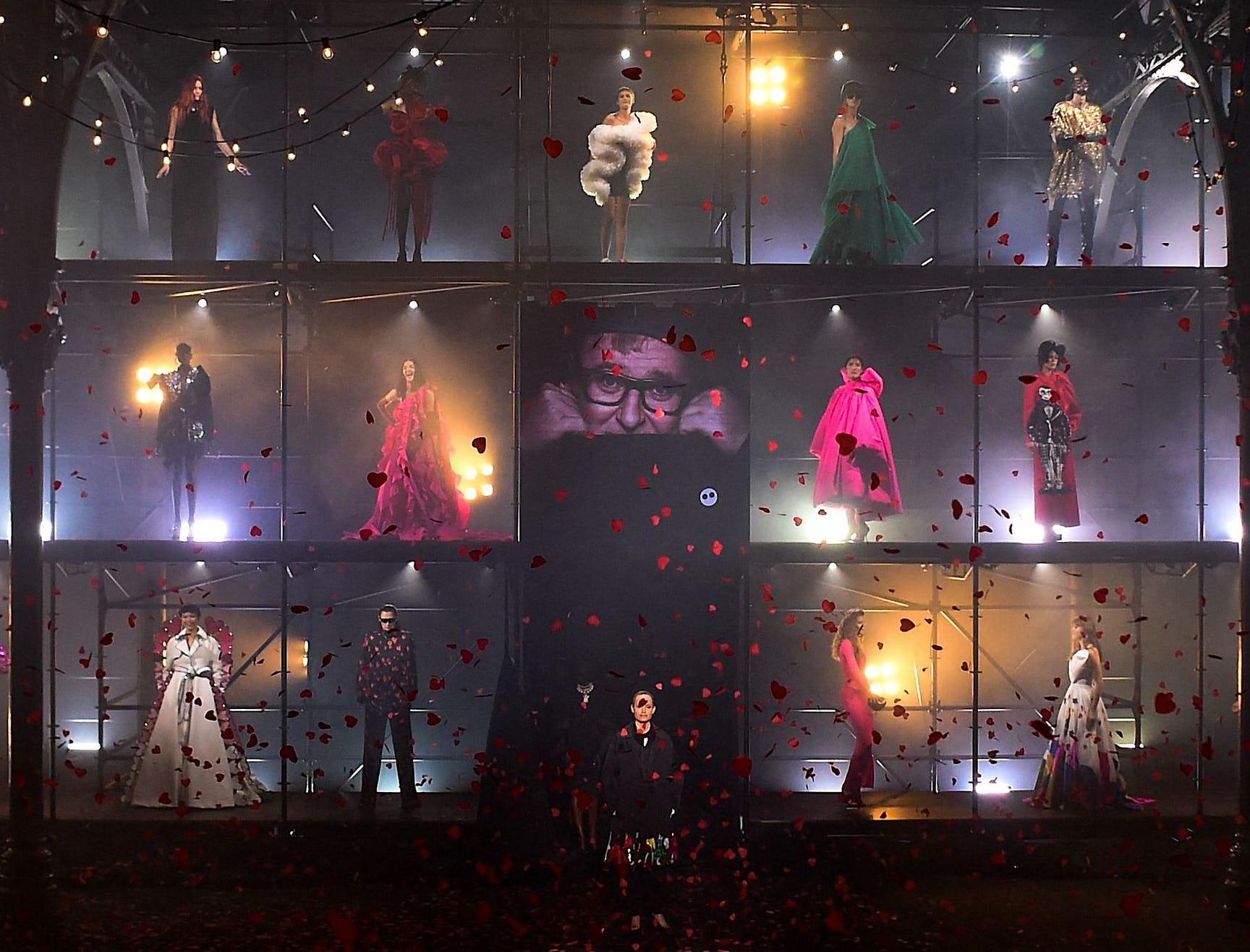 az factory - Gli show della Paris Fashion Week P/E 22
