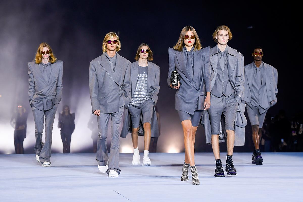 balmain SS 21 - Parigi chiude queste strane Fashion Week